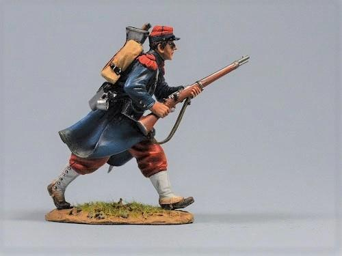 French soldier - Advancing
