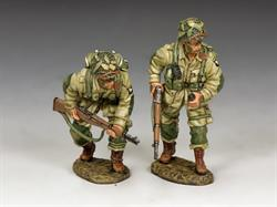 US Paratroopers Moving Forward ... Cautiously! (101st)