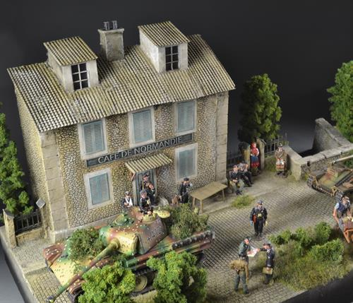 Cafe De Normandie -  Diorama